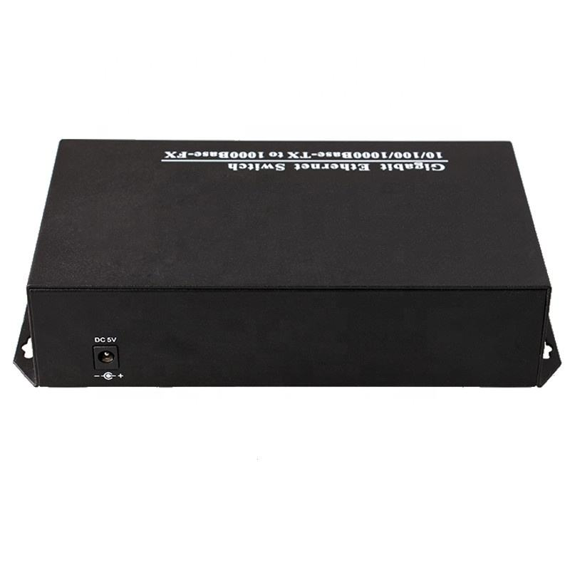 Single Mode Tunggal SC Fiber FC Konektor 20KM DC5V 2A 8-Port Fiber Optic Switch Gigabit Ethernet switch