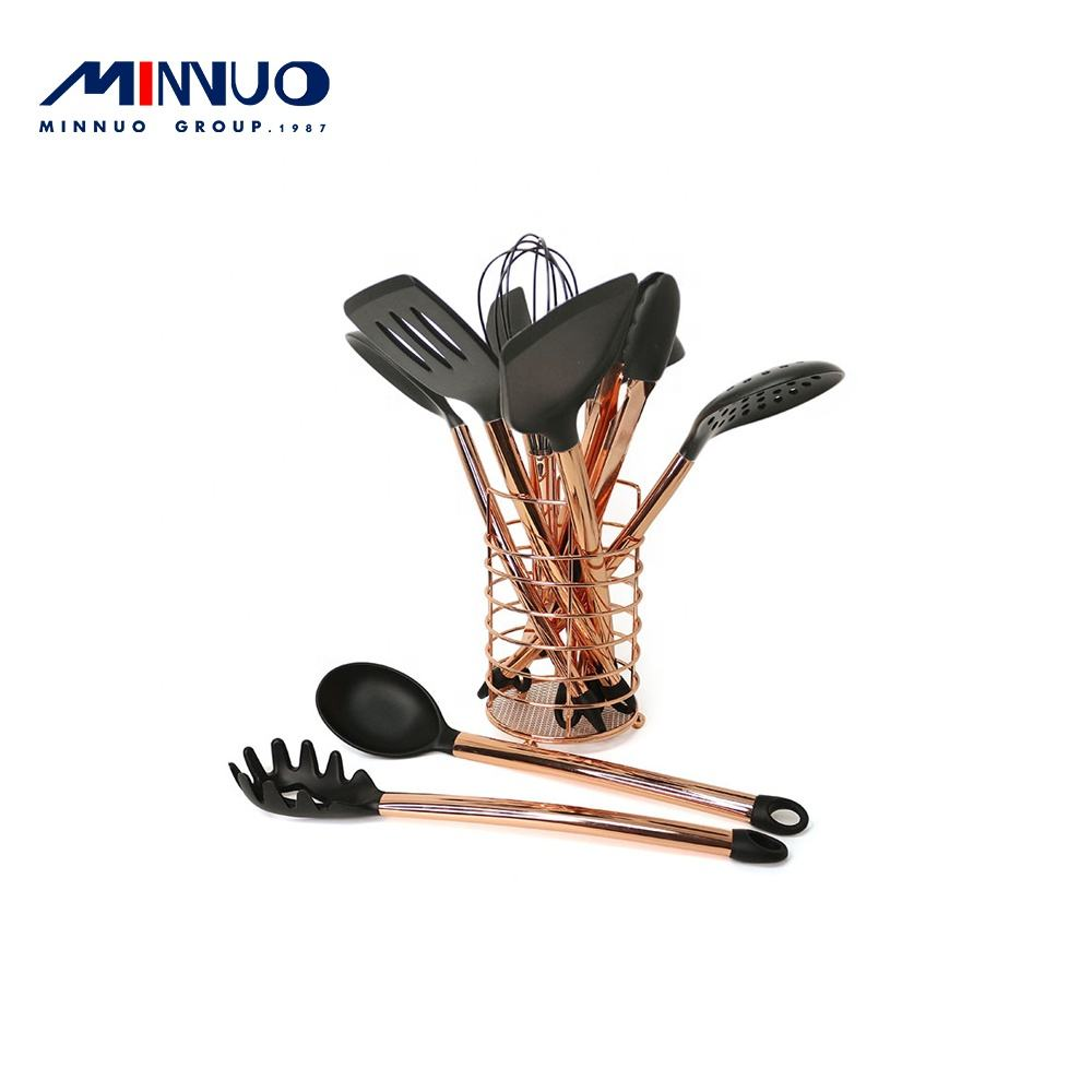 Wholesale rose gold handle 12 non stick frying pan cookware set stainless steel kitchenware