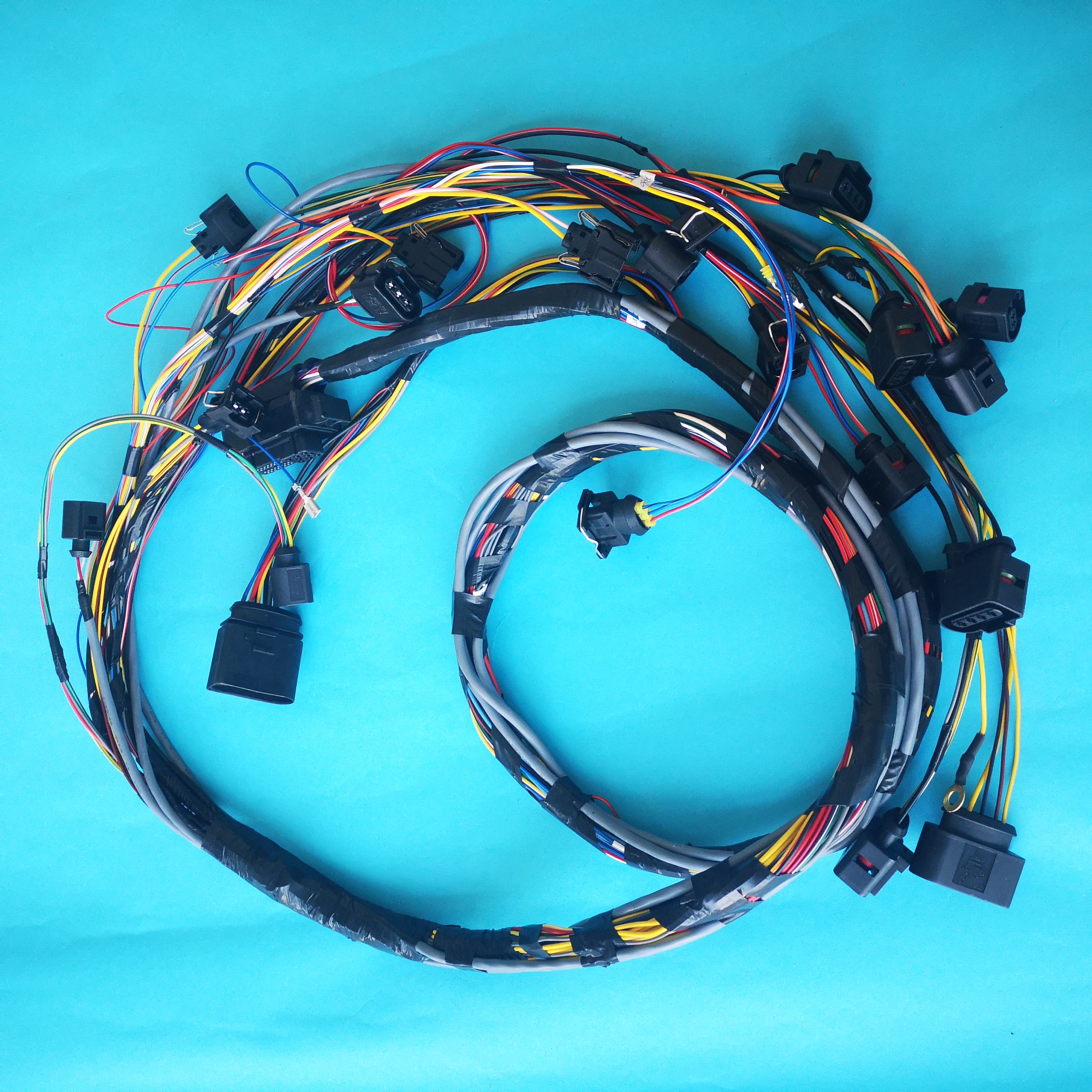 Customized Car Engine Wire Looms OEM ODM Automotive Repair Cable Assembly For VW/BMW/AUDI/Porsche Vehicle
