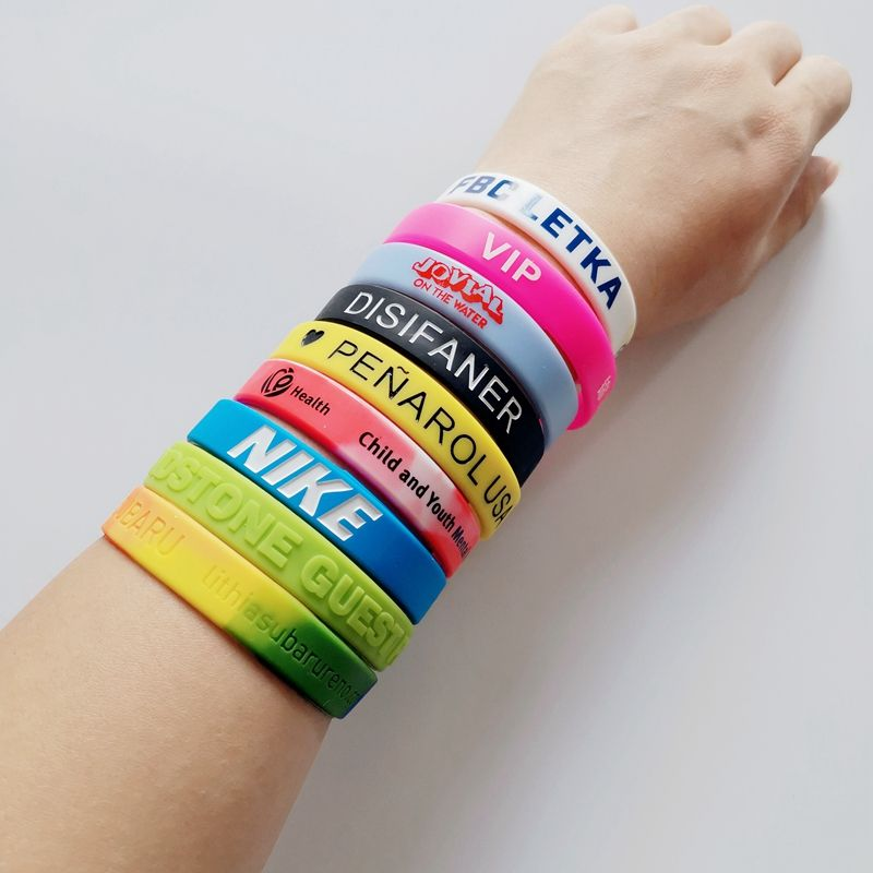 Factory Cheap Customized Your Own Logo Personalized Printed Unique Silicone Rubber PVC Bracelet Hand Band