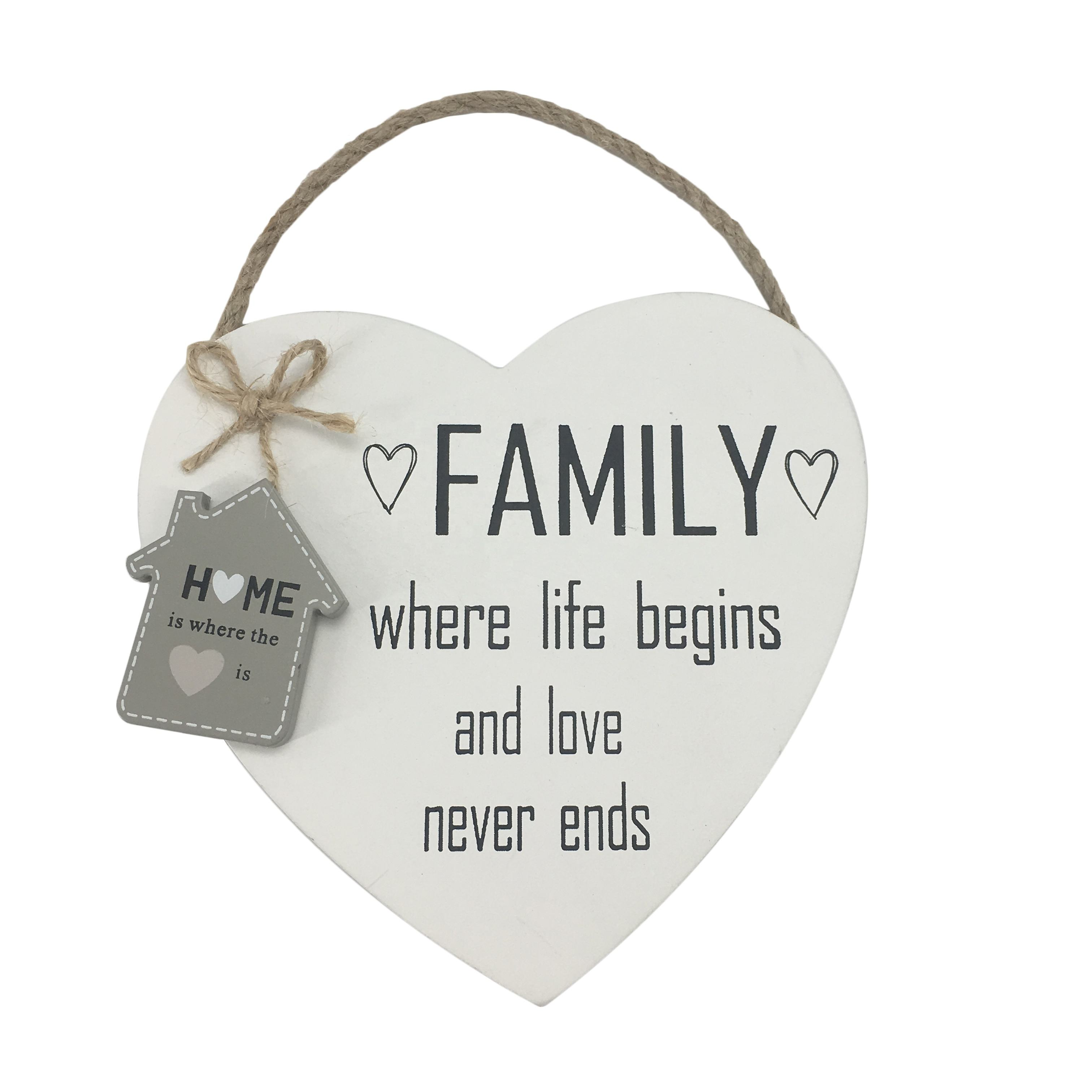 Family design wooden heart wall plaque