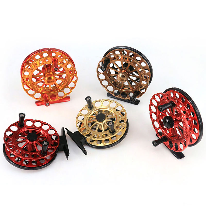 Lightweight stainless steel No brakes fly fishing reel