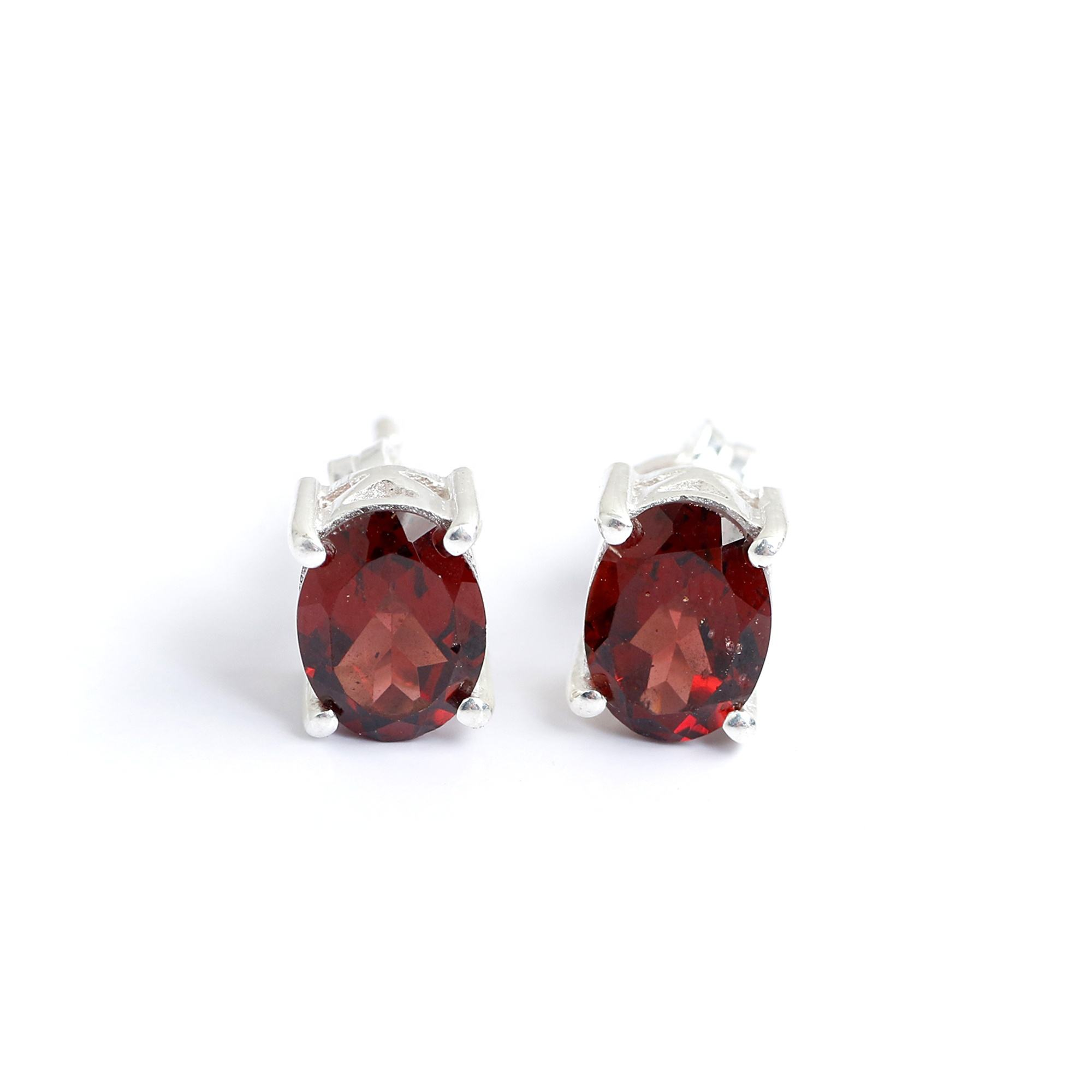 oval shape stud earrings red color garnet gemstone 925 silver jewelry rhodium plated stud earrings for her