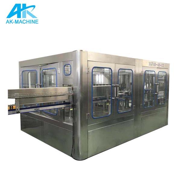 commercial carbonator co2 sparkling water / carbonator co2 sparkling water under table / beverage bottle filling machine