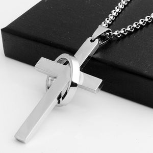 Fashion Mens Personality 316L Stainless Steel Cross Pendant Punk Round Necklace Pendant for Men Religious Jewelry Accessories