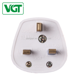 VGT UK Bakelite Material 13A 220V To 250V 3pin Electrical Wall Plug