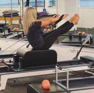 INIKO Pilates Reformer Equipment