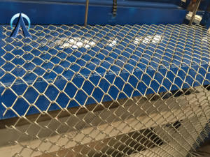 250 square meter high speed weaving automatic chain link fence machine