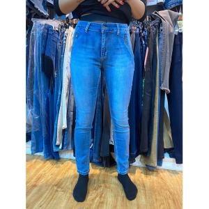Stock jean GZY New model stocked over women broken hole women jeans pants ripped jeans women