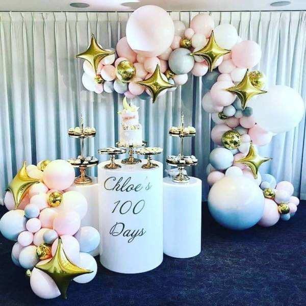 Birthday Party Decoration White Acrylic Round Pedestals and Plinth With Customized Size