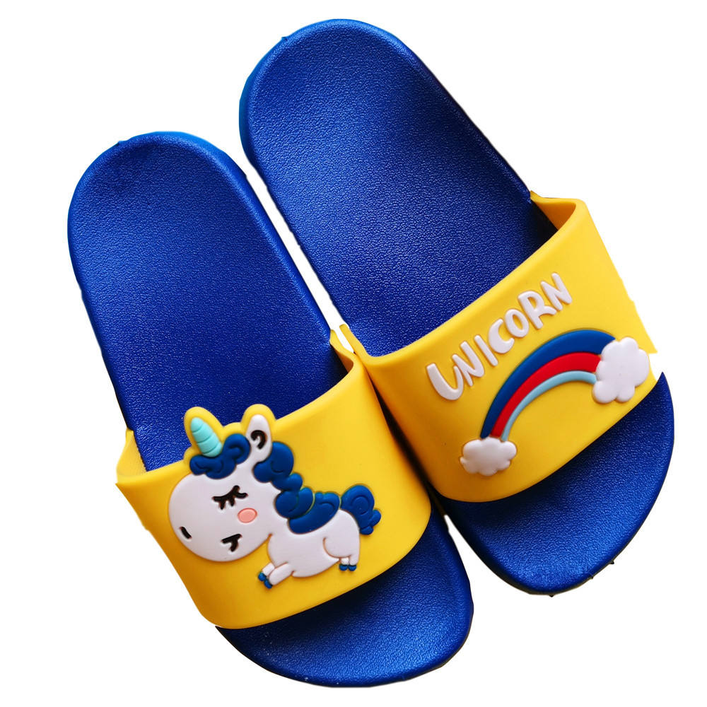2019 new children's sandals and slippers boys and girls home soft bottom non-slip cartoon slippers