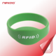 New arrival low cost custom RFID smart Silicone Wristband/bracelet