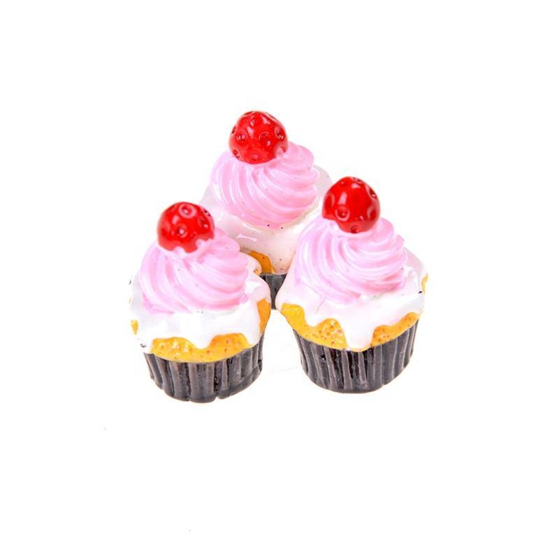 3Pcs Strawberry Cake Miniature Food Decor Dollhouse Accessories w//