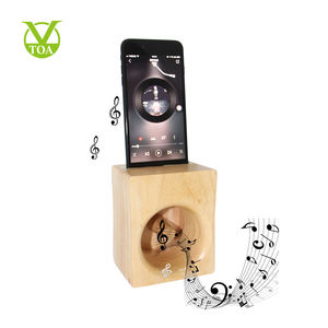 Compact and Innovation Wooden Mobile Phone Holder Loudspeaker