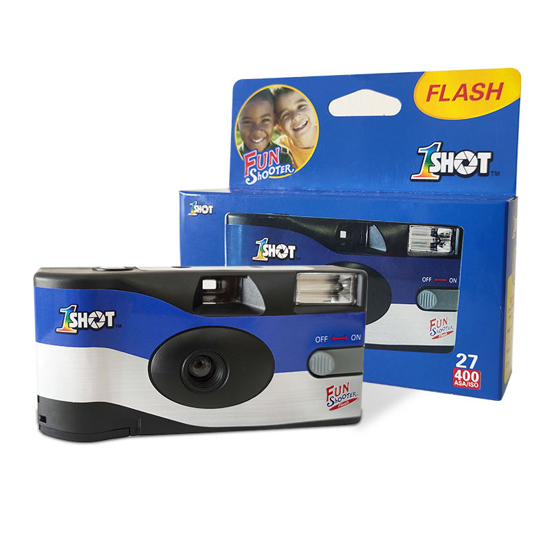 35mm Single Use Camera with Flash