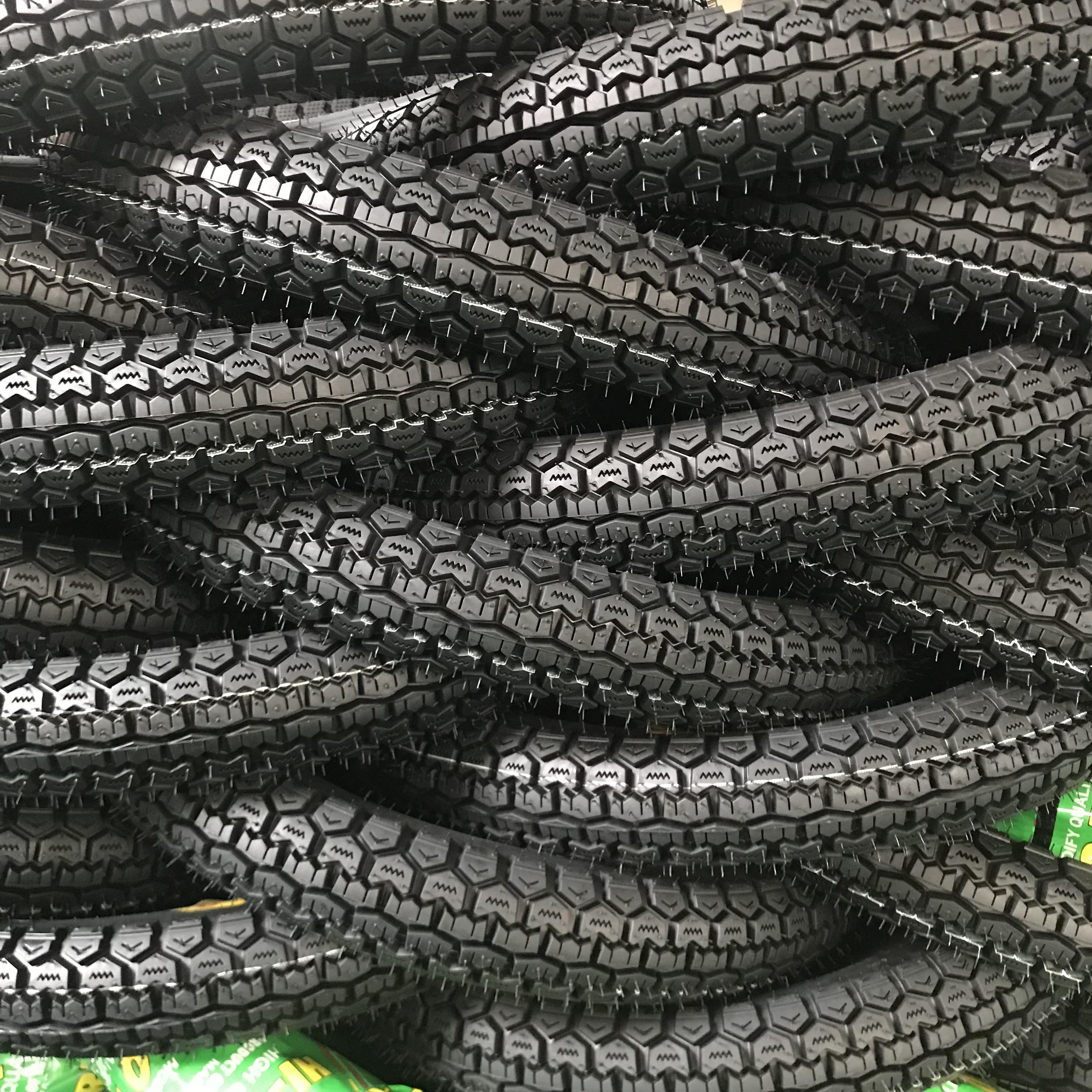 Escort tyres