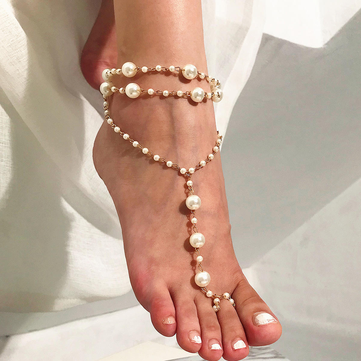 High Quality Elegant Pearl Beaded handmade crochet Women's Anklet Toe Ring Beach Nude Shoes Accessory