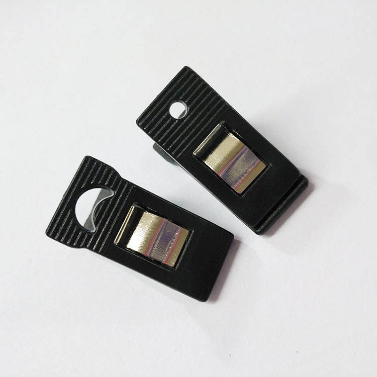 OEM garments/clothes/shoes Stocked Sustainable plastic clips for clothes drying