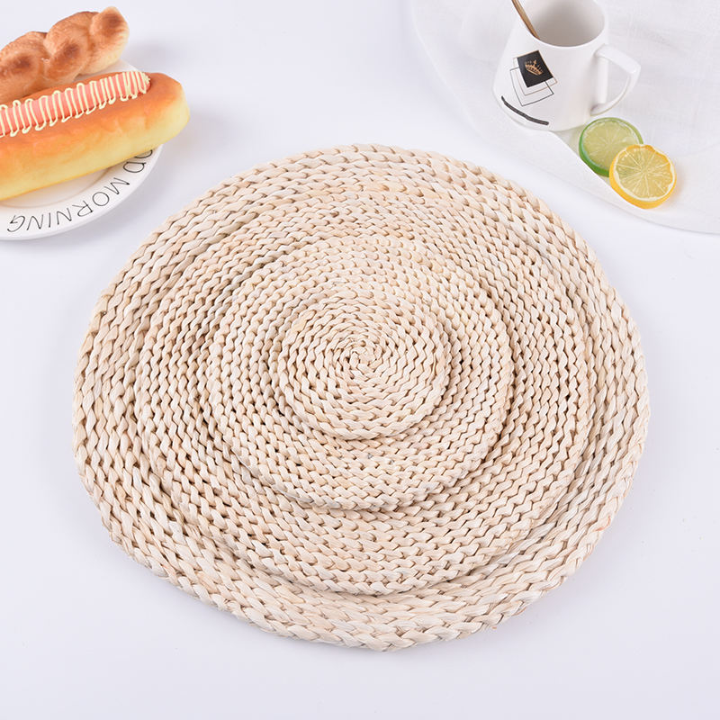 handmade round rattan straw Corn Husk Woven Placemats coasters Braided Rattan Tablemats