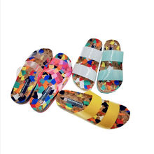Manufactory direct new fashion beach style flat sandals women summer transparent slippers