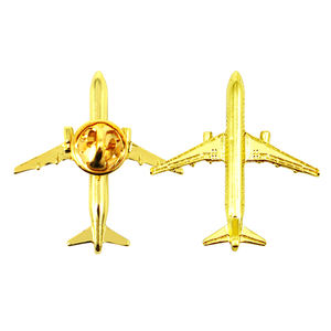 Oem Metal Crafts Professional Manufacturer Aircraft Lapel Pin Badge Custom 3D Metal Gold Security Airplane Badge Lapel Pin