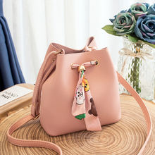 Ms. Korean the one-shoulder bucket bag factory for wholesale 2019 autumn and winter new Napa pattern silk scarf with