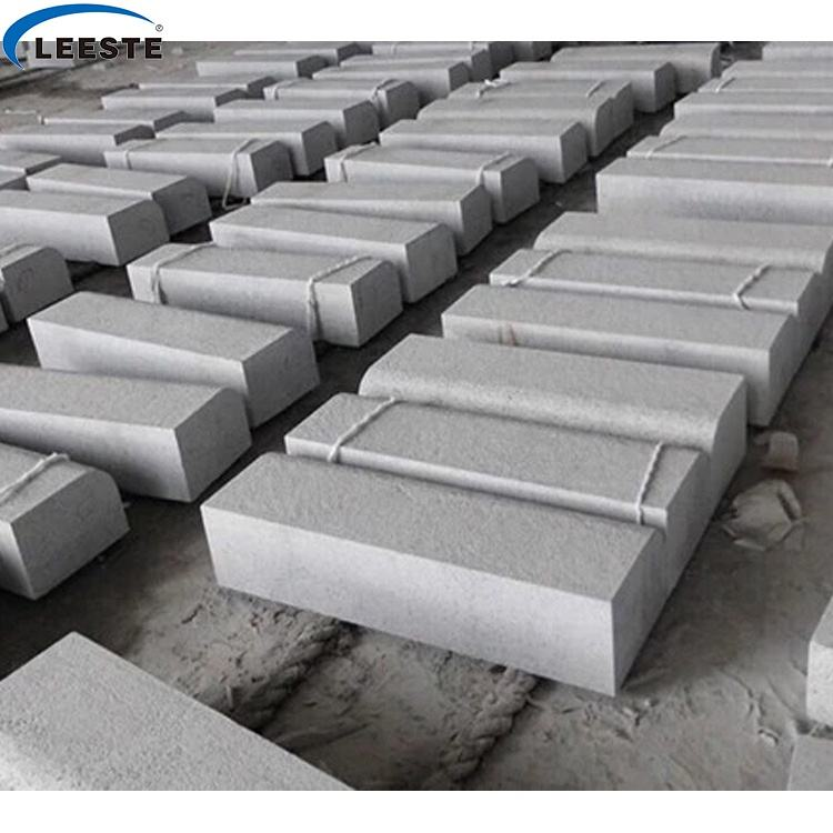 Wholesale standard types China Product Grey granite kerbstone