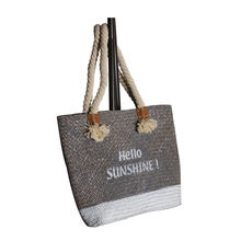 Natural hand made reusable woman straw rattan carrying bag tote