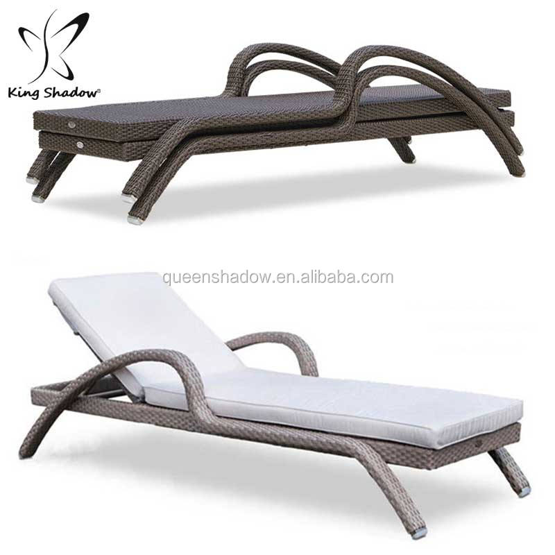 Single outdoor rattan wicker poolside lounger garden sunbeds rattan / wicker chairs outdoor furniture with cushion