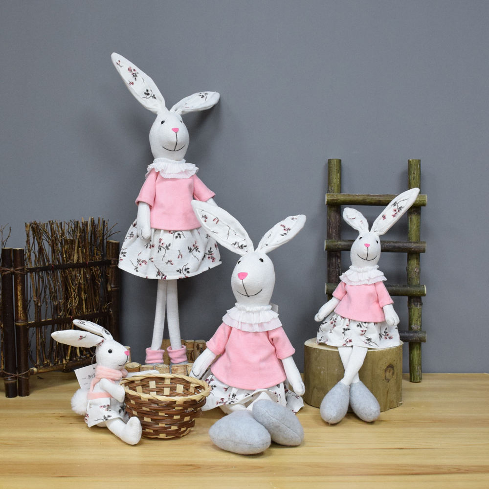 High quality Handmade Fabric Bunny Home Decoration Easter Craft With Basket