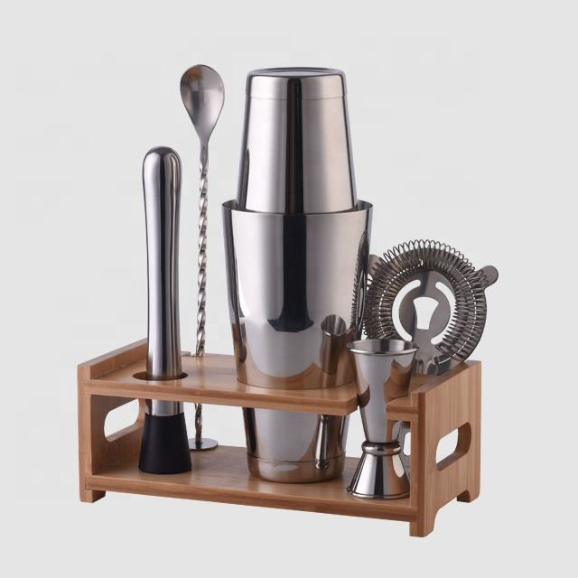 Factory Direct 800ml coated stainless steel bar tools boston bartender cocktail shaker bar tools set with bamboo wood stand