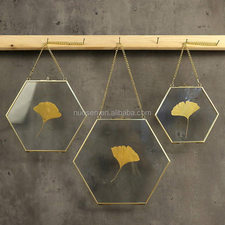 Beautiful High Quality Wall Hanging Brass Hexagon Glass Artwork Photo Picture Display Frame