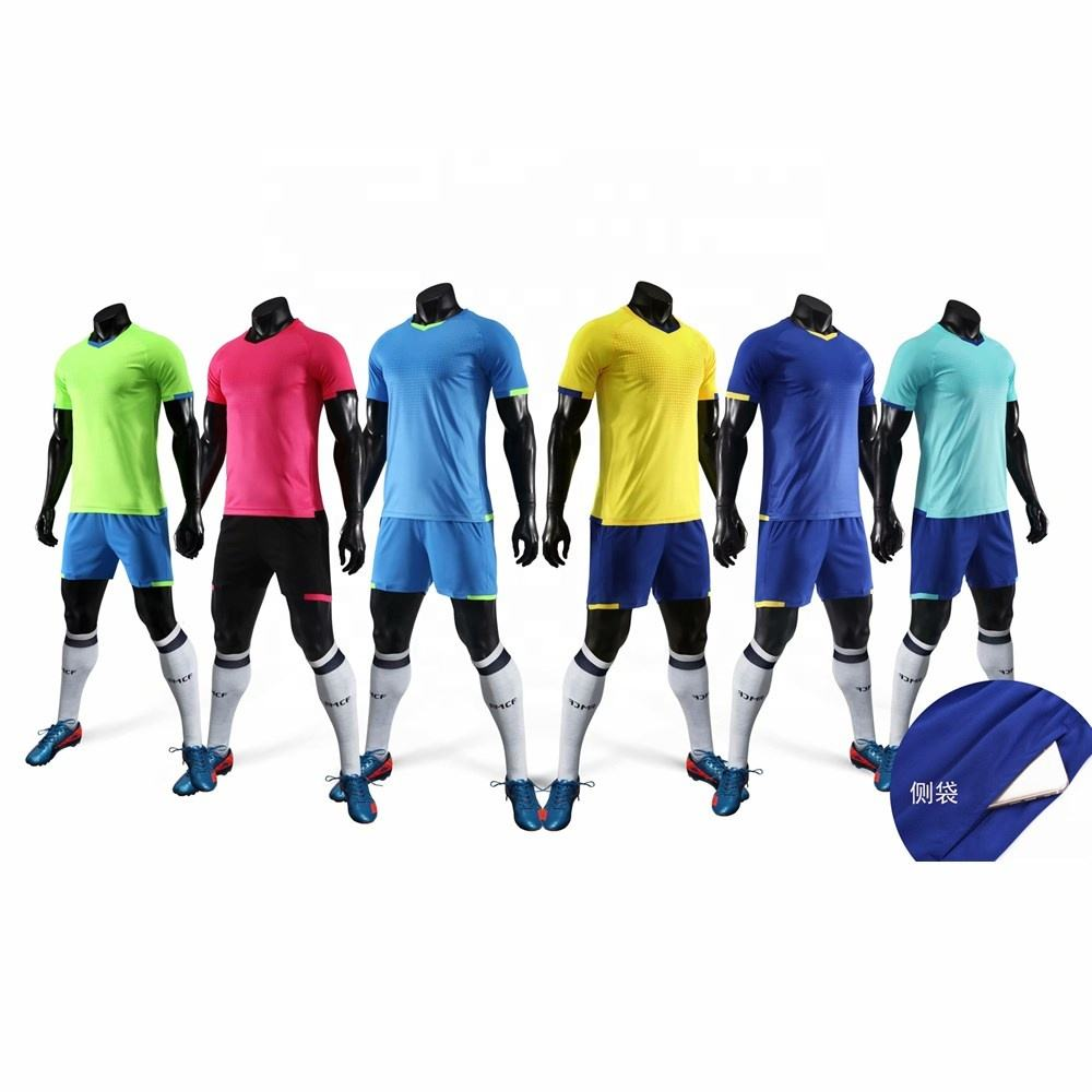 <span class=keywords><strong>Maillot</strong></span> <span class=keywords><strong>de</strong></span> Football pour homme, ensemble <span class=keywords><strong>de</strong></span> ballon personnalisé avec <span class=keywords><strong>impression</strong></span> par Sublimation, uniforme simple