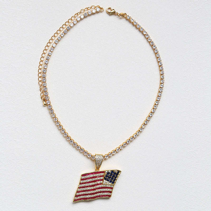 Flynee Jewelry New Arrival United States Flags Charms Colorful Diamond Gold Chain US Flag Diamond Necklace
