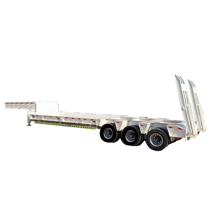 Semitrailer excavator haulage trailer bulldozer haulage vehicle large mechanical equipment truck low plate semitrailer