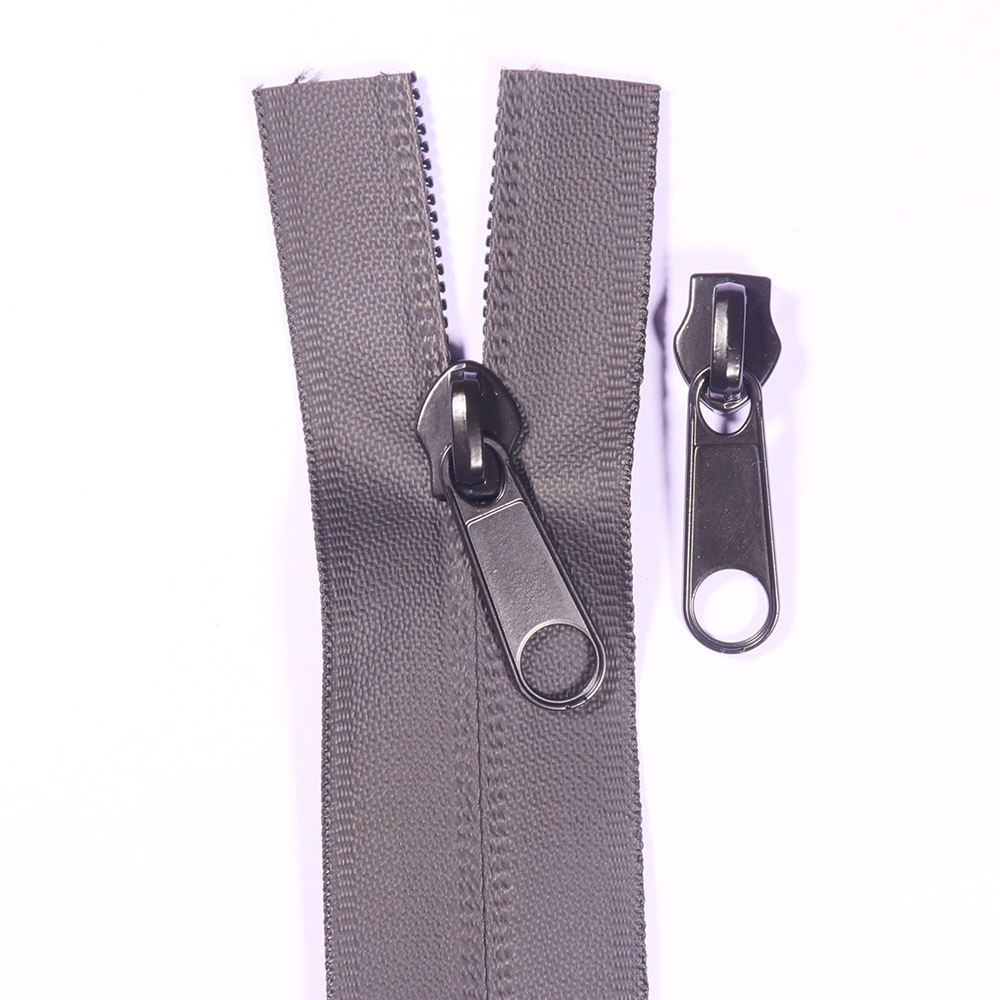 YUANXING OEM Custom Top Quality Reflective Black #5 Nylon Waterproof Zipper Rolls