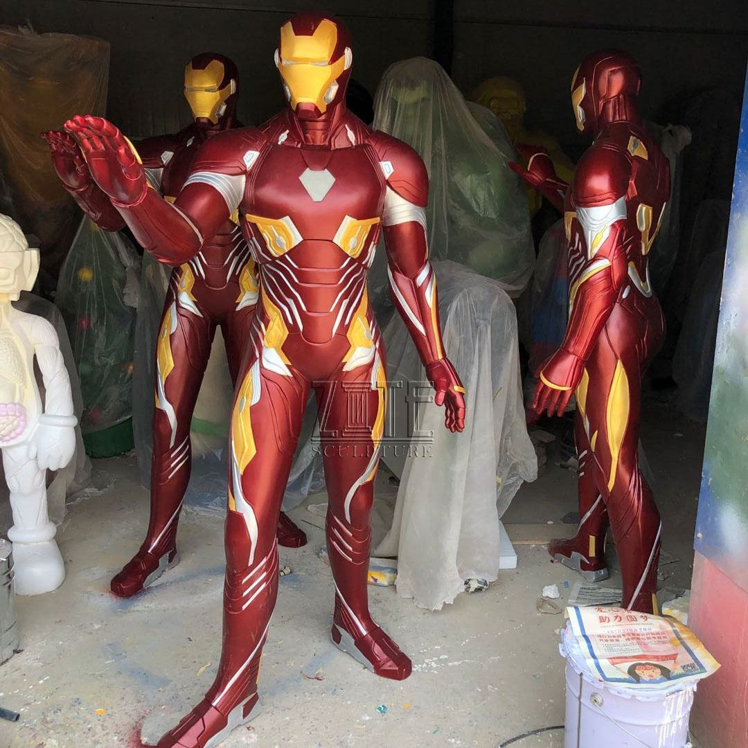 Outdoor Mall Levensgrote Hars Marvel Figuur Sculptuur Glasvezel Iron Man Standbeeld