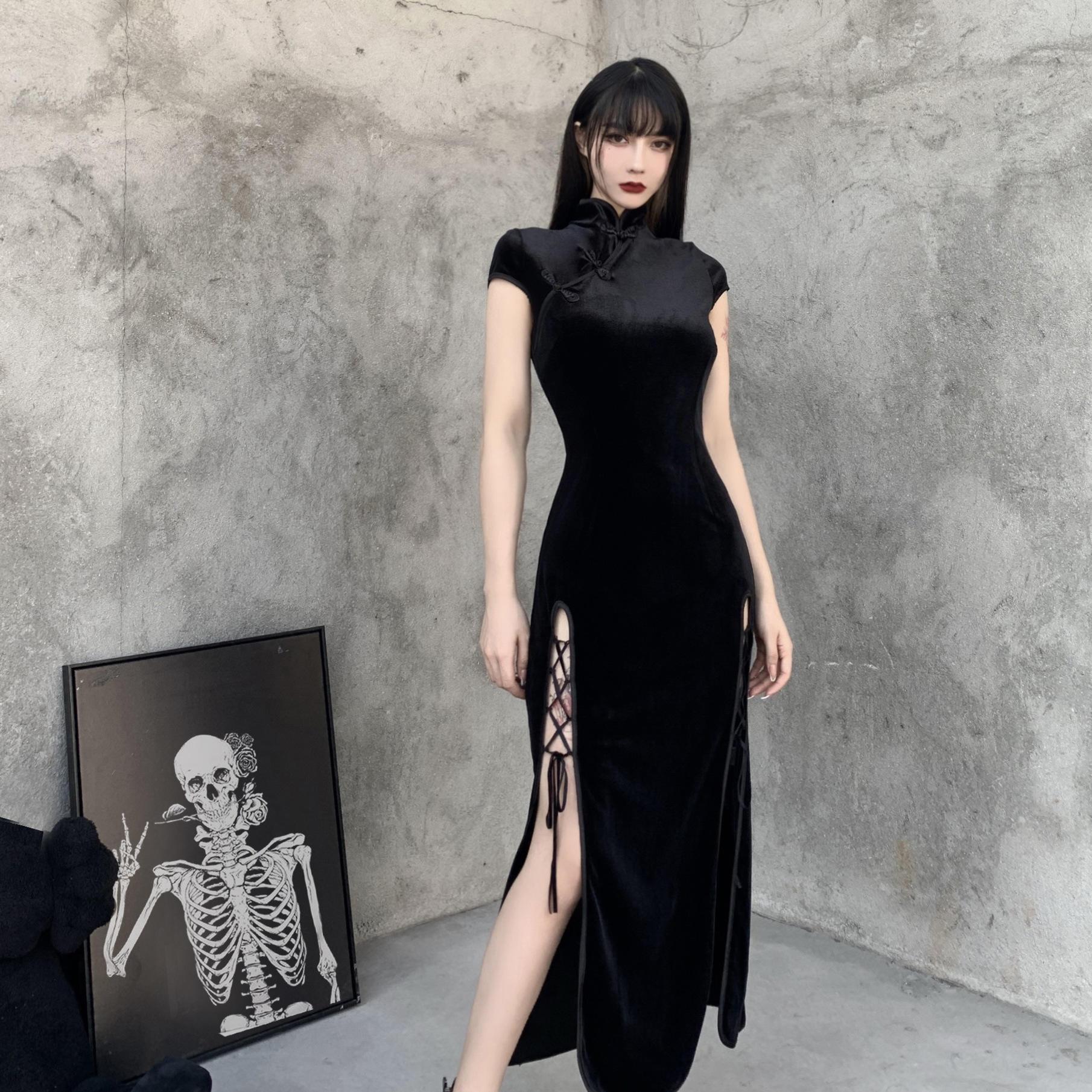 Maxi Gothic Dresses for Women Plus Size Lace Stitched Halter Neck Slit Long Dresses Vintage Punk Dyed Print Dress