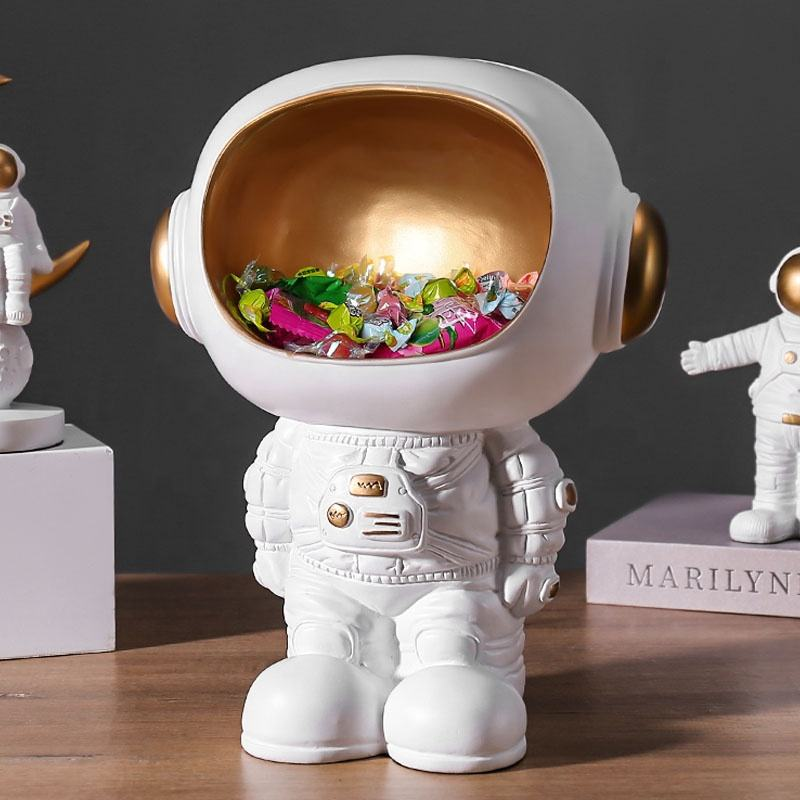 Spaceman model figurine Nordic style creative astronaut decoration home multi-purpose storage box resin crafts figurines