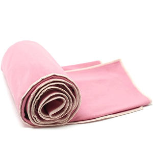 Quick Dry Non Slip Hot Yoga Towel With Corner Pocket Silicon Dots Custom Printed Wholesale Sport Microfiber Yoga Mat Towel