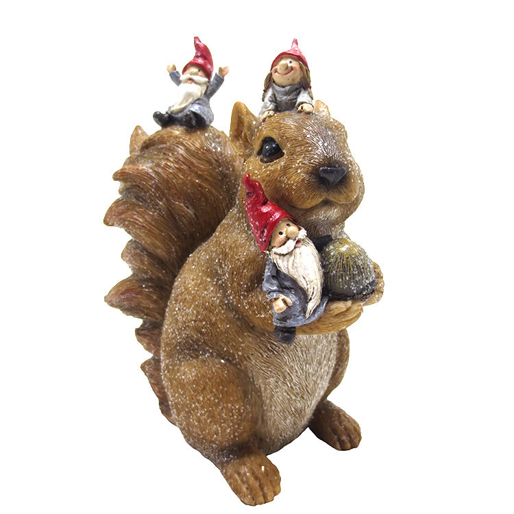Customized christmas squirrel decoration sequins, polyresin xmas gnome and squirrel ornaments/