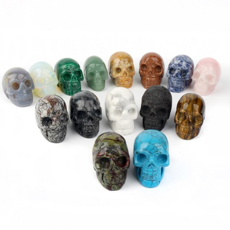 Wholesale high quality beautiful charming small natural stone gem a variety of colors mini crystal skull sold to friends