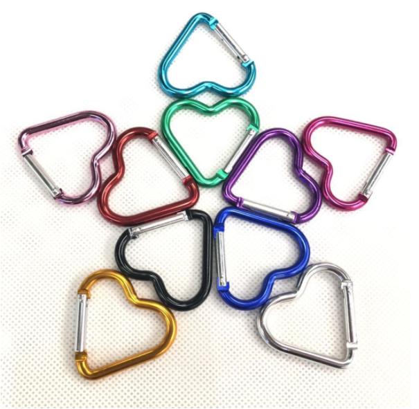 Wholesale Nice aluminum hooks heart shaped small carabiner key chain