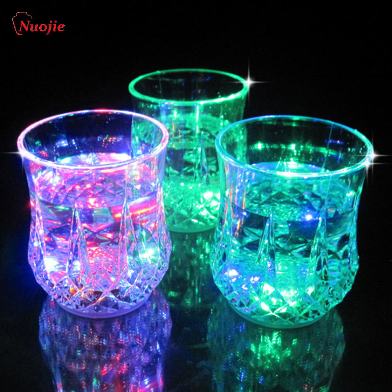 New Led Flashing Glowing Water Liquid Activated LightアップWine Glass Cup