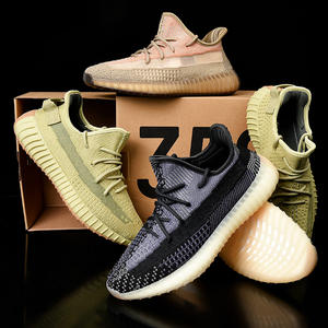 New Design Color Custom Original Reflective Yeezy 350 V2 Shoes Men Women Knitting Sports Shoes Sneakers Yeezys