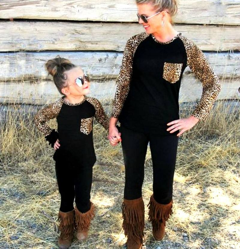 Family Look Leopard Matching Clothes Cotton Spring Mom Daughter Patchwork Long Sleeve Dress SweatersトップスMommy And Me Clothes