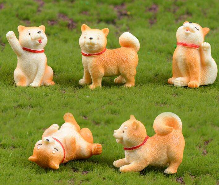 hot selling yellow Akita dogs garden animals miniature sculpture resin dog statues