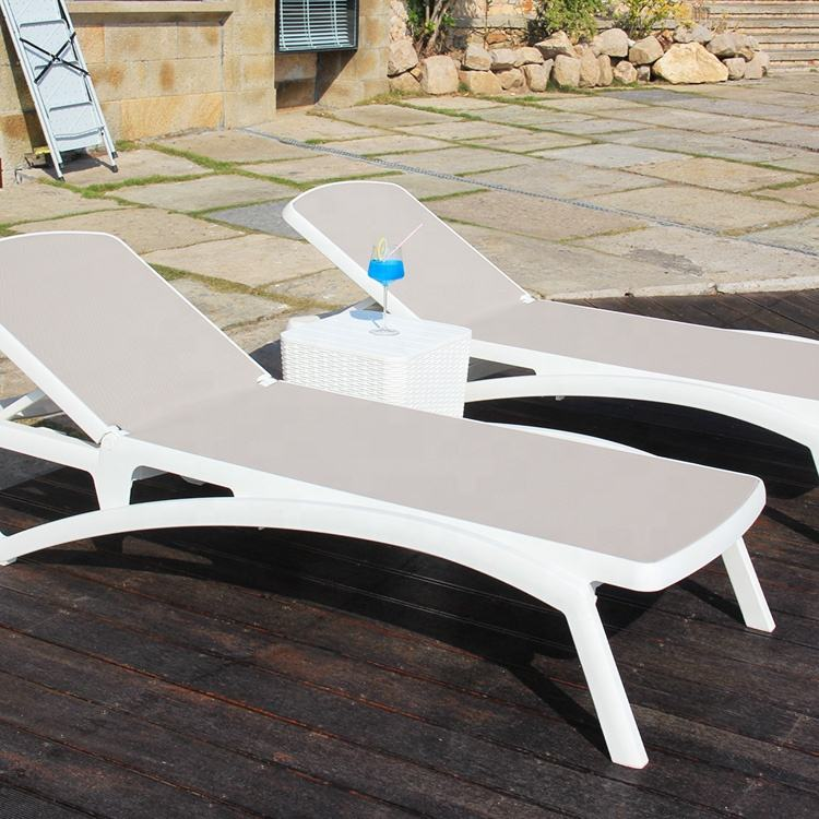 Plastic Beach Bed Modern Outdoor Furniture Swimming Pool Beach Use Sun Lounger