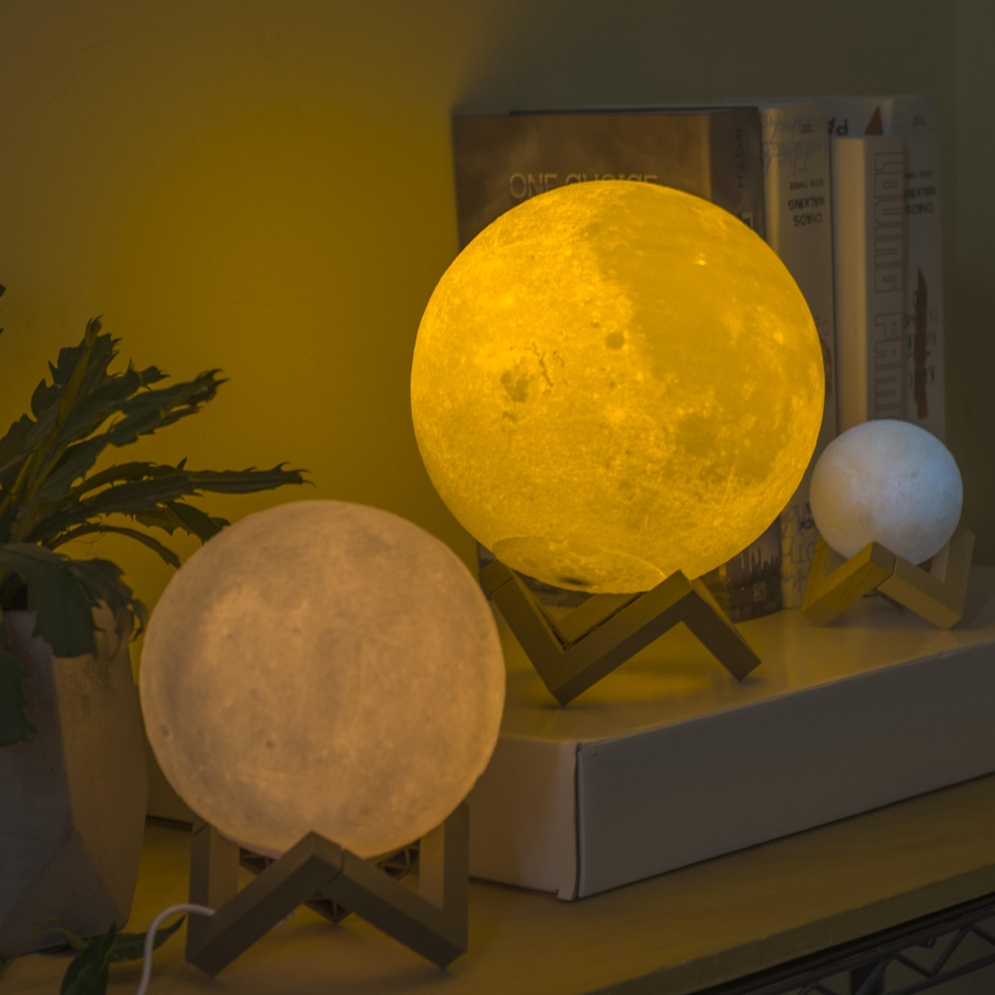 Factory Directly Sale Color Change Switch Earth Light 3D Print Moon Lamp led lighting table led lighting led lamp