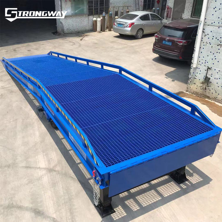 12ton high quality mobile adjust hydraul pump yard ramp with truck